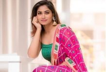 Shivani Narayanan Cute Photos