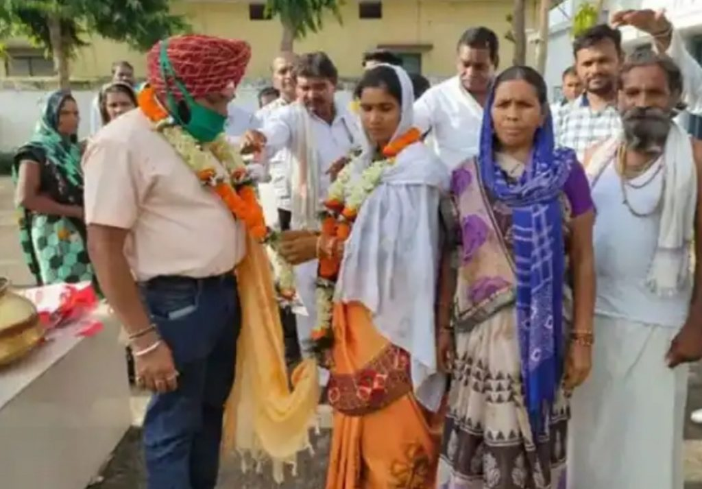 one officer marry pregnant girl as second wife