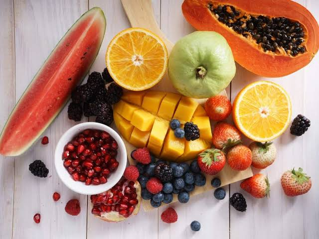 Never Eat These type of Fruits: Combinations